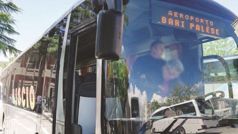 Matera, navette per l'aeroporto Bari Palese: non si parte e non si sa se e quando si ripartirà