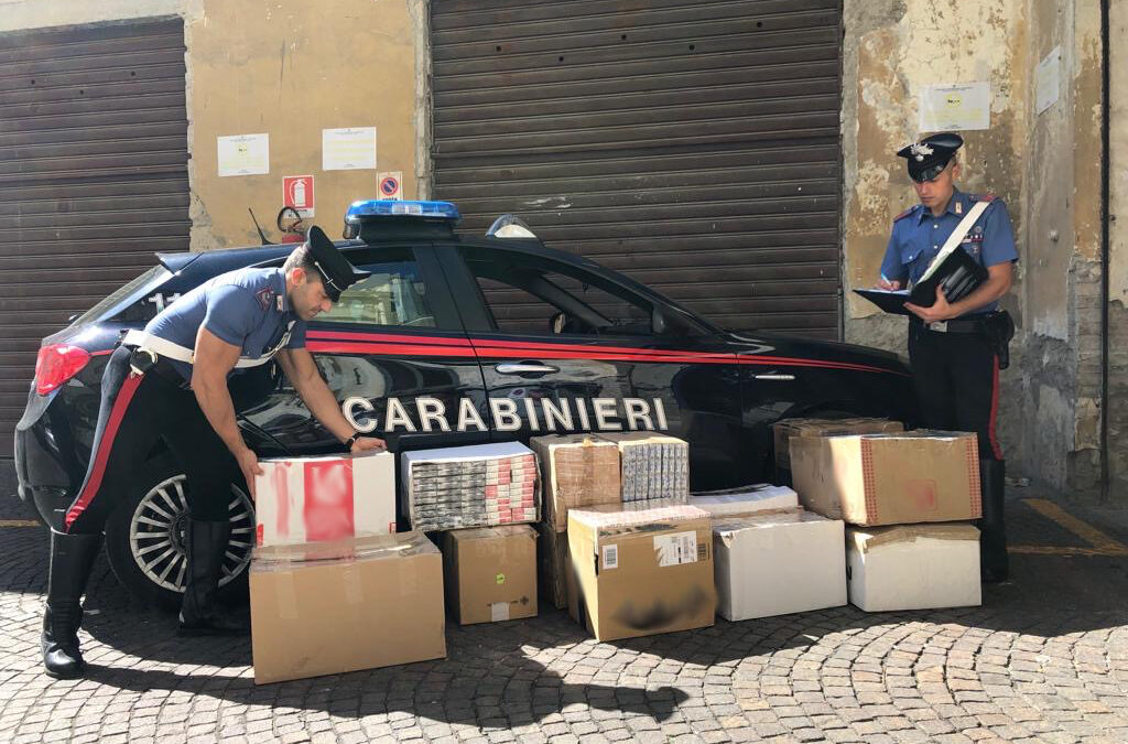 Mezza tonnellata di sigarette di contrabbando sequestrate, 2 persone denunciate