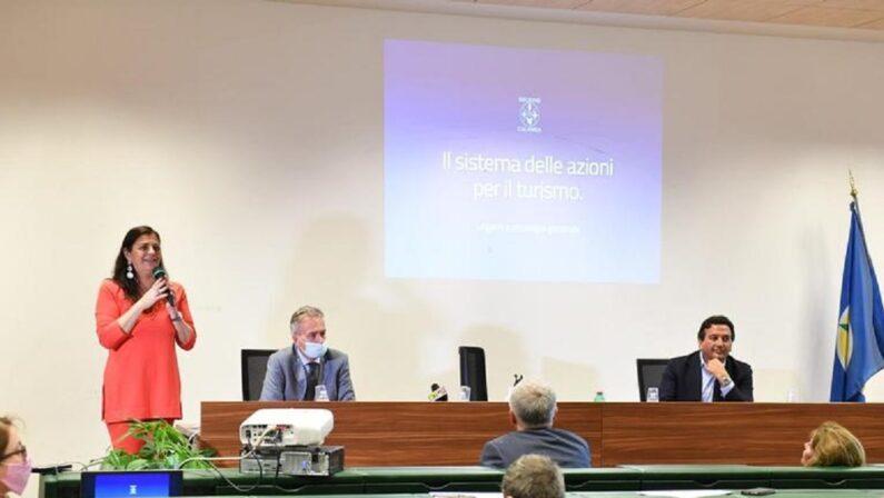 Sessanta milioni di euro per rilanciare il turismo in Calabria. Santelli: «Non ci abbiamo dormito la notte»