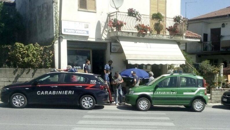 Tragedia nel Vibonese, muore mentre alza la saracinesca del negozio