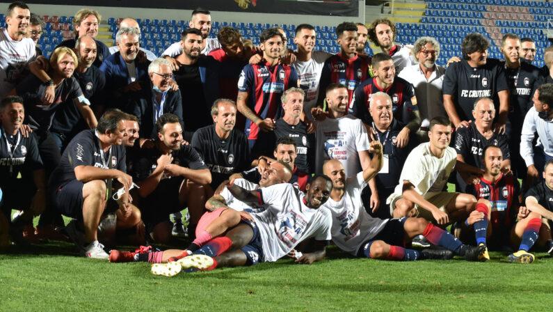 Il Crotone non fa sconti, contro il Frosinone basta un gol di Gomelt
