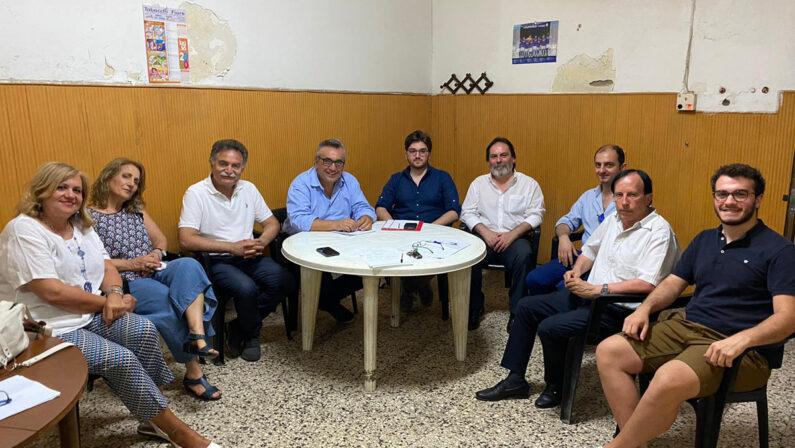 """Enzo Falco nella sede di """"Liberi Cittadini"""": accelleriano per chiudere le liste per le amministrative di Caivano"""