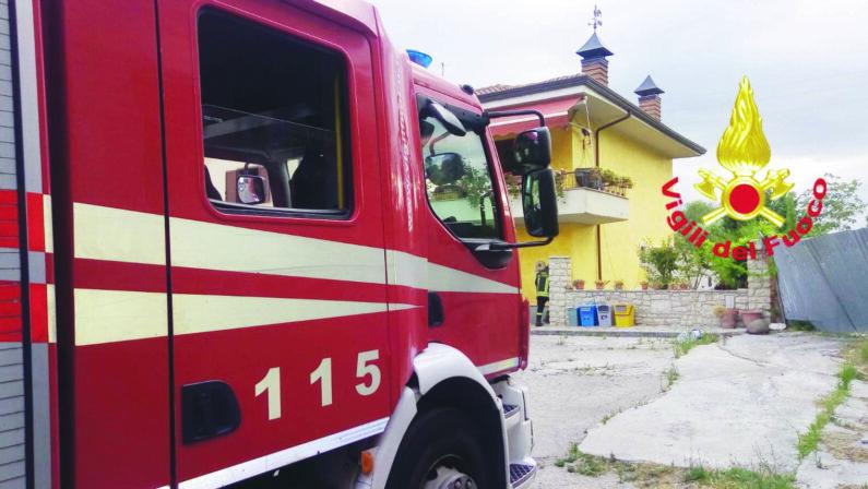 Montemiletto, esplosione per una fuga di gas in casa, gravi le condizioni del 52enne