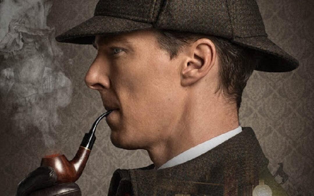 Benedict Cumberbatch nei panni di  Sherlock Holmes