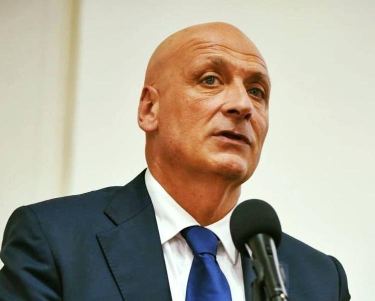Economia, il sindaco Pozzuoli chiede intervento al prefetto per il blocco dei mezzi di trasporto della CTP