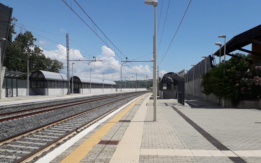 La stazione ferroviaria di Torano