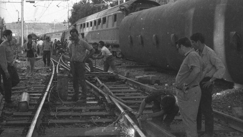 A 50 anni dalla strage della Freccia del Sud a Gioia Tauro. Il ricordo di Mattarella