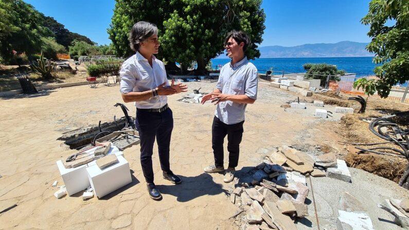 """Sul lungomare di Reggio Calabria tutto pronto per """"Opera"""", installazione permanente di Tresoldi"""
