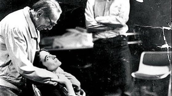 """""""Eduardo mio"""", Maestro di vita e di palcoscenico,  l'omaggio di Lina Sastri a Eduardo De Filippo"""