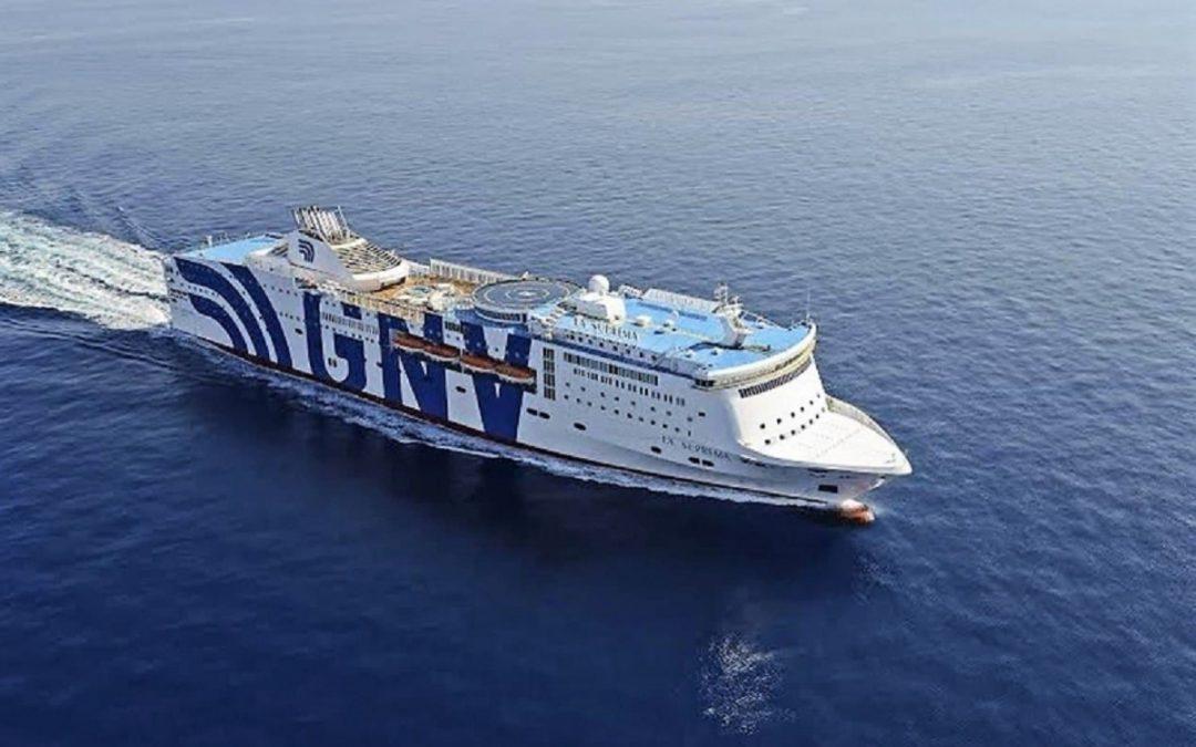 Una delle navi quarantena a disposizione per i migranti