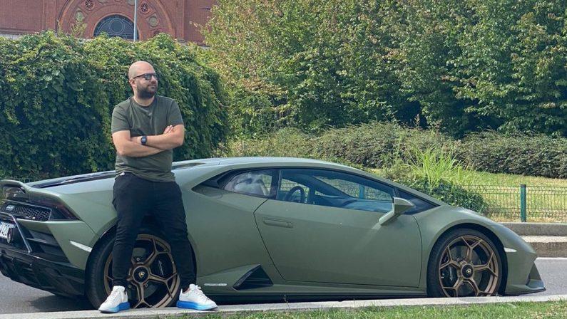 """Fotografia, un vibonese racconterà la Lamborghini nel progetto """"With Italy, for Italy"""""""