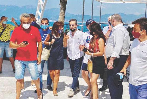 Caldoro sfida De Luca a Salerno