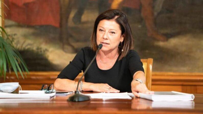 Verso le Regionali, l'ex ministro De Micheli si appella a De Magistris - AUDIO