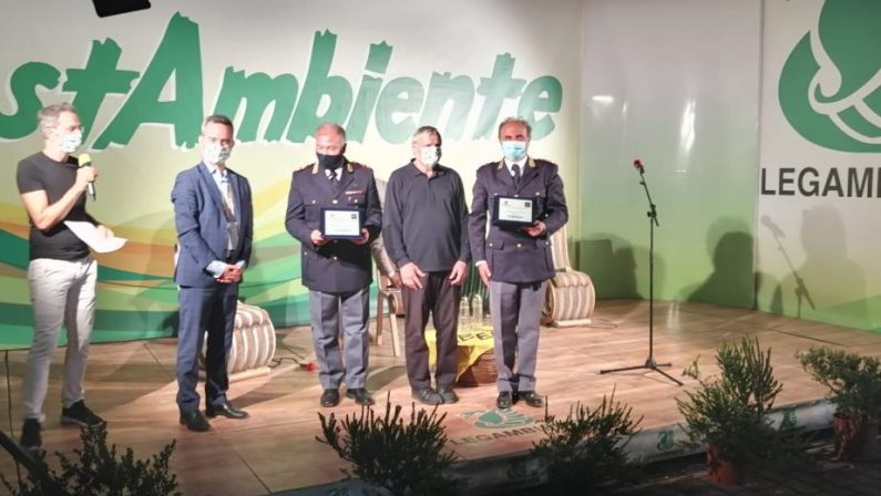 """Legambiente, premio """"Ambiente e Legalità"""" alla Questura di Catanzaro per operazione contro il traffico di rifiuti"""