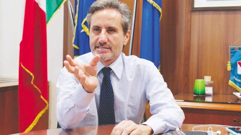 "Regionali, Caldoro accusa: ""Misure troppo restrittive durante l'emergenza, imprese fallite per colpa di De Luca"""