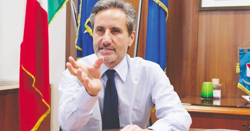 Caldoro su procedura seguita dalla Campania per il vaccino Sputnik: Draghi decida sull'anomalia