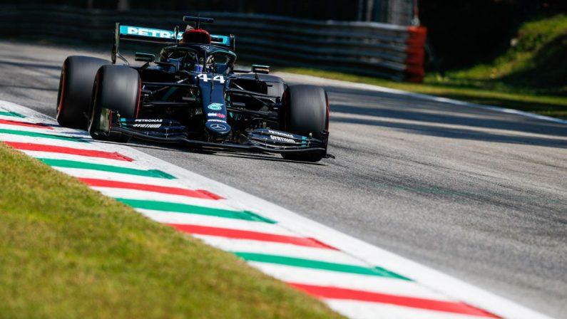 Formula 1, Pole position per Hamilton a Monza, ancora delusione Ferrari: Leclerc 13° e Vettel 17°