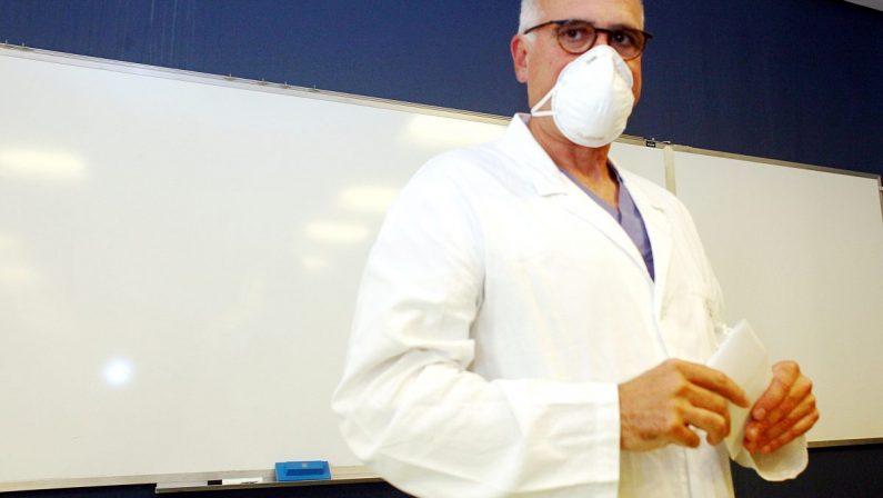 Coronavirus Berlusconi, Zangrillo: «Fase delicata ma ribadisco cauto ottimismo»