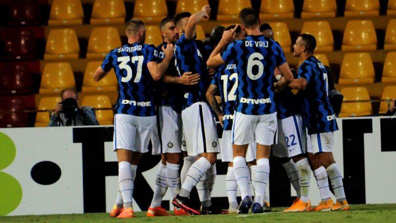 Doppietta per Lukaku e show Inter, Benevento sconfitto 5-2