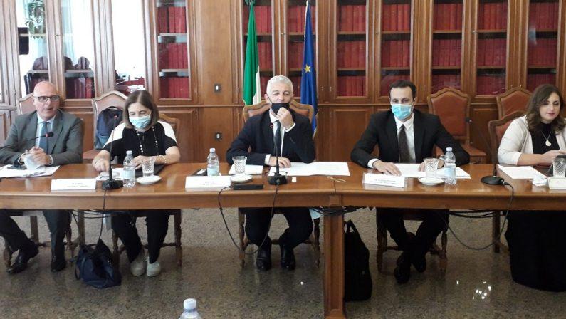 """Le audizioni della Commissione Antimafia a Catanzaro, Morra: """"La 'ndrangheta si impone in silenzio"""""""