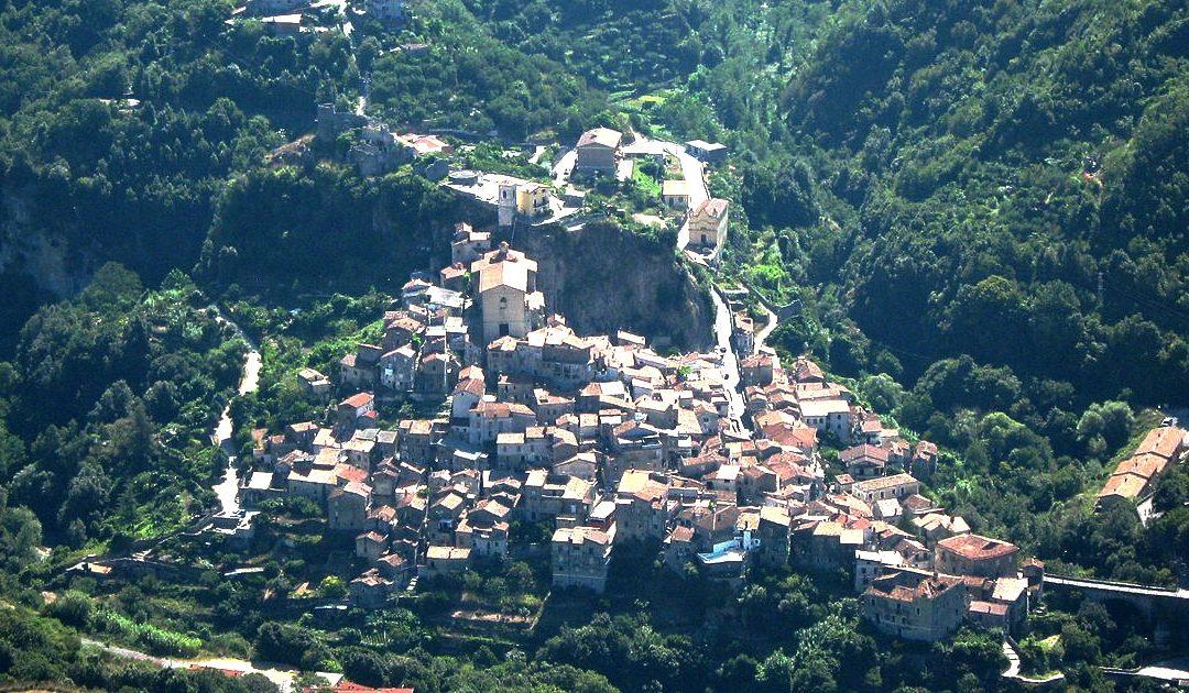 Coronavirus in Calabria, positivo dipendente comunale a Papasidero Sindaco, amministrazione e lavoratori in autoisolamento