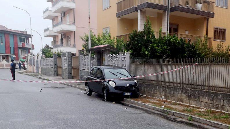 Sparatoria a Vibo Valentia, due persone ferite nei pressi di un noto bar