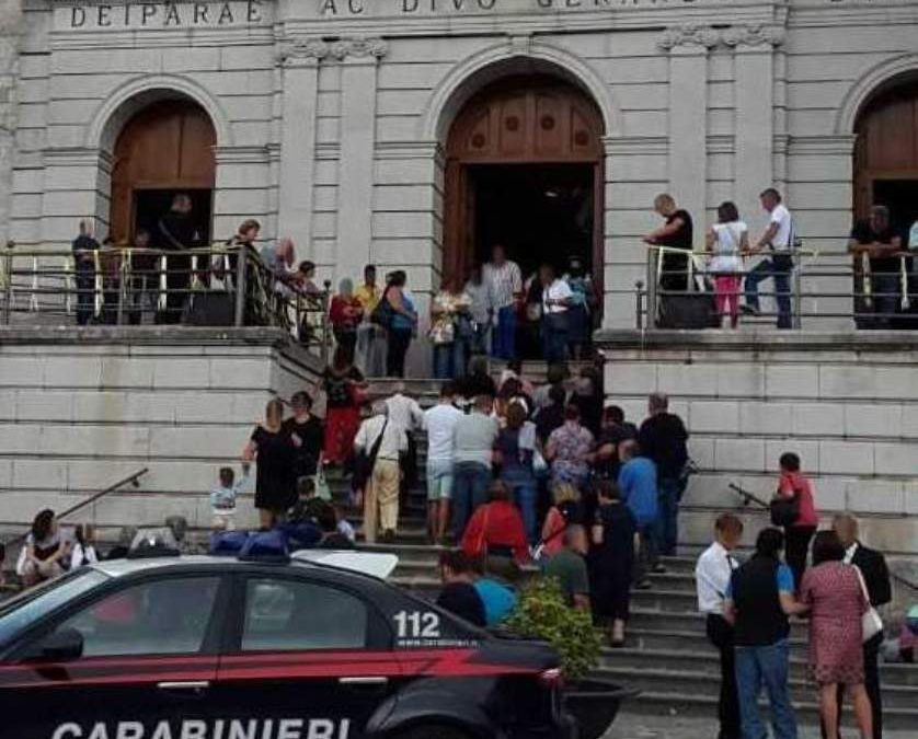 Controlli dei carabinieri in occasione dei festeggiamenti in onore di San Gerardo Maiella, due persone denunciate