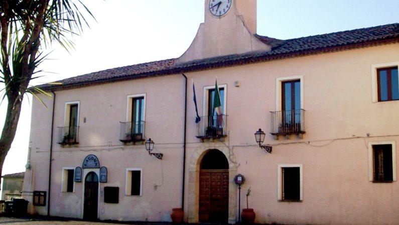Coronavirus in Calabria, positivo un dipendente comunale a Mongrassano, chiuso il municipio