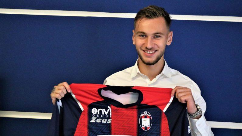 Serie A, un attaccante rumeno per il Crotone: arriva Denis Dragus