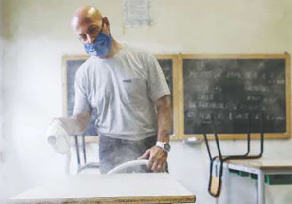 Covid e scuola: test ai docenti, siano obbligatori