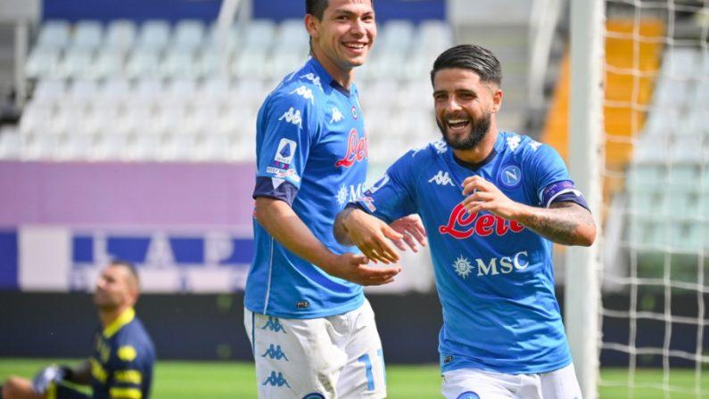 Calcio: il Napoli vincente all'esordio in campionato, Parma battuto per 2-0