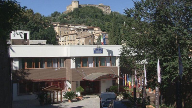 """Coronavirus in Calabria: positiva studentessa del """"Telesio"""" di Cosenza, quarantena per i compagni"""