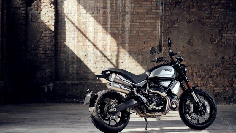 Ducati presenta il nuovo Scrambler 1100 Dark pro