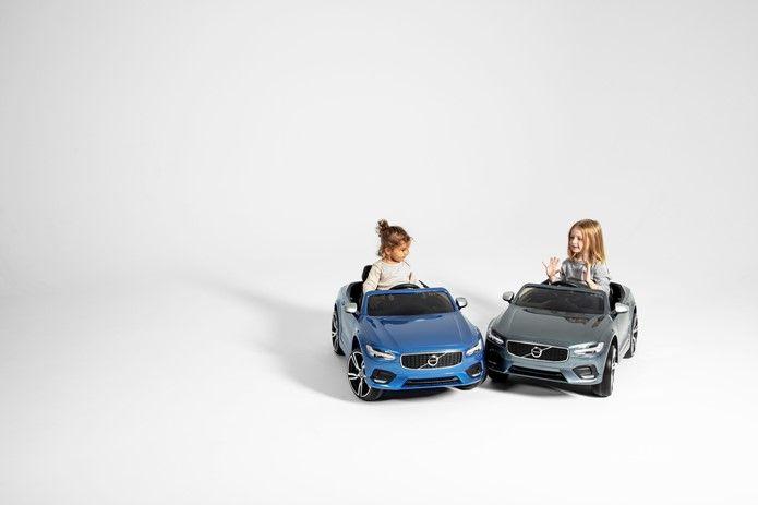 Velocità limitata e monitoraggio guida, sicurezza Volvo
