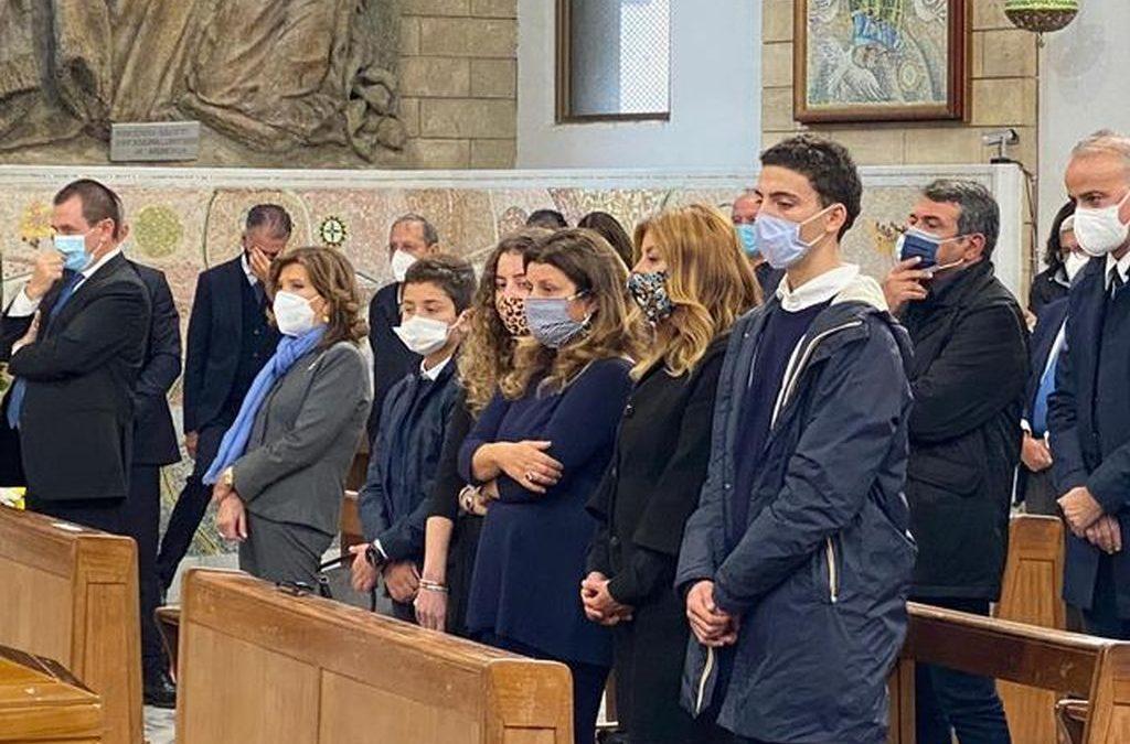 Morte Jole Santelli, commozione e applausi per l'ultimo saluto a Cosenza