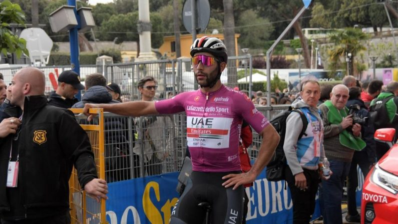 Giro d'Italia 2020, Fernando Gaviria positivo al Covid-19 e asintomatico