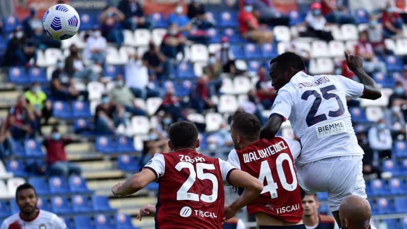 Al Crotone non basta il cuore, il Cagliari vince 4-2