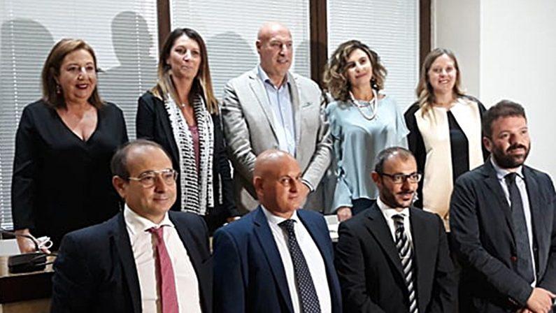 Crotone, il sindaco Vincenzo Voce annuncia la nuova giunta tutta di esordienti