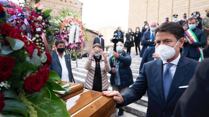 Morte di Jole Santelli, è il giorno dei funerali della Presidente della Regione Calabria