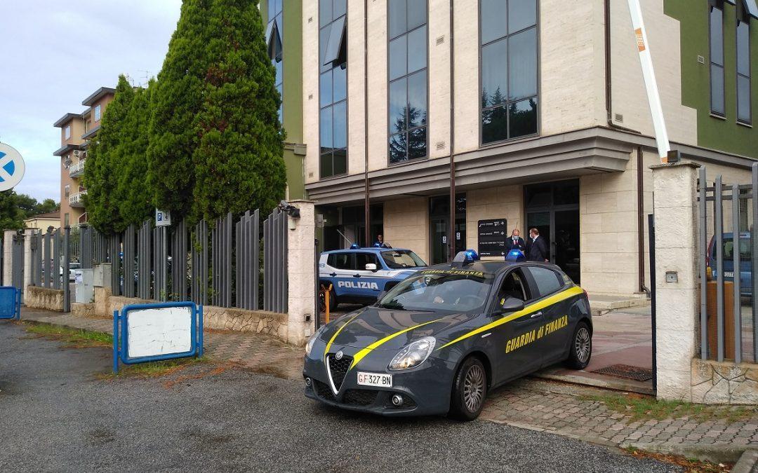 Truffatrice seriale scoperta a Vibo Valentia: sequestrato un patrimonio di 1,2 milioni di euro