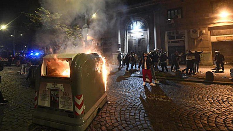 Il lockdown allarga la frattura sociale del Paese  L'autunno caldo paventato dal Viminale è già partito