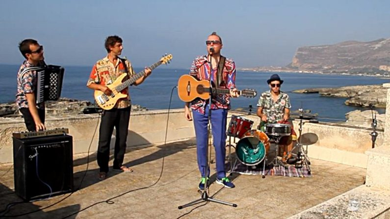"""Artisti e band, c'è una chiamata per voi! ecco il progetto """"Live from the island's roof"""""""