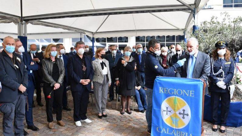 Morte di Jole Santelli, l'omaggio del consiglio regionale: «Hai dimostrato che la Calabria può cambiare»