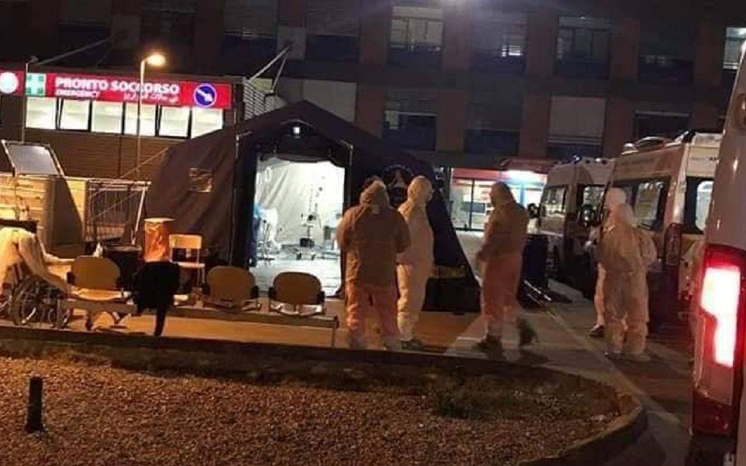 Ambulanze a Cosenza (Foto archivio)
