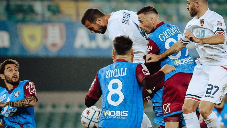Serie B, il Cosenza battuto dal Chievo con un gol del calabrese Garritano