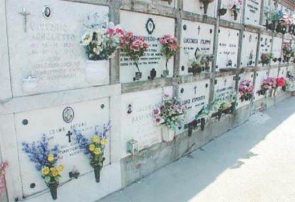 Festa dei defunti, molti cimiteri restano chiusi