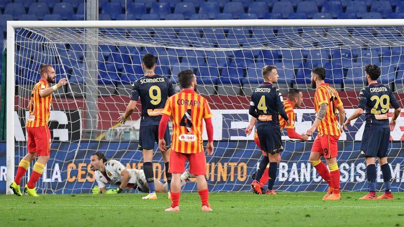 """Coppa Italia, Catanzaro eliminato dal Genoa: al """"Ferraris"""" finisce 2-1"""