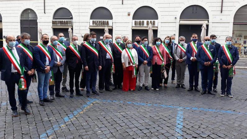 La Calabria nel Recovery fund: sindaci del Cosentino manifestano a Roma