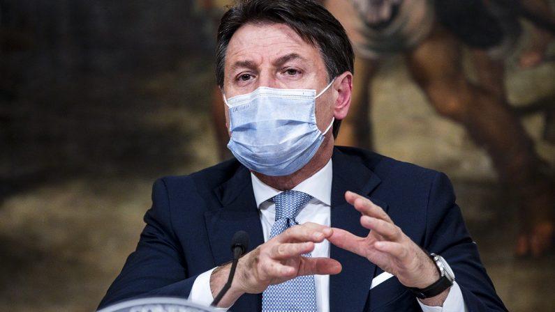 Caos commissario in Calabria, Conte fa mea culpa: «Mi assumo la responsabilità delle nomine»