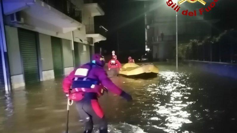 Continuano i danni per il maltempo: crolla un ponte in provincia di Crotone